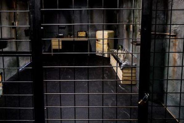 Area 51 (Cronos) Escape Room