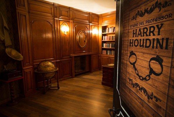 Lo Studio di Harry Houdini (Magic Escape Room) Escape Room