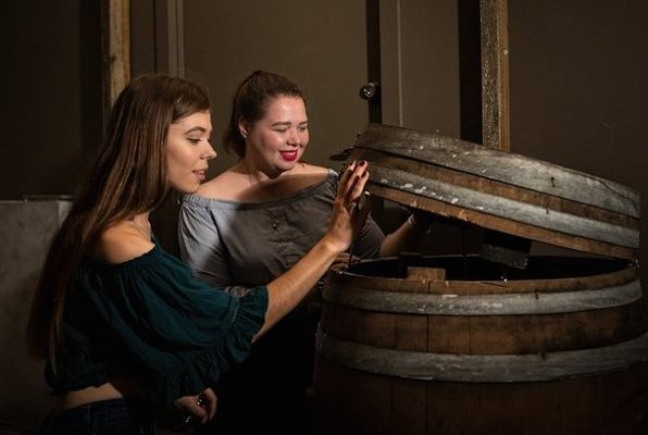 Wine Cellar (Escape Manor) Escape Room