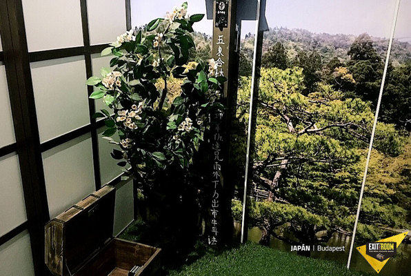 Japan (Exit the Room Budapest) Escape Room
