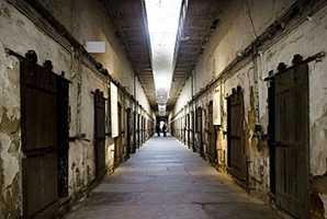 Квест Haunted Prison