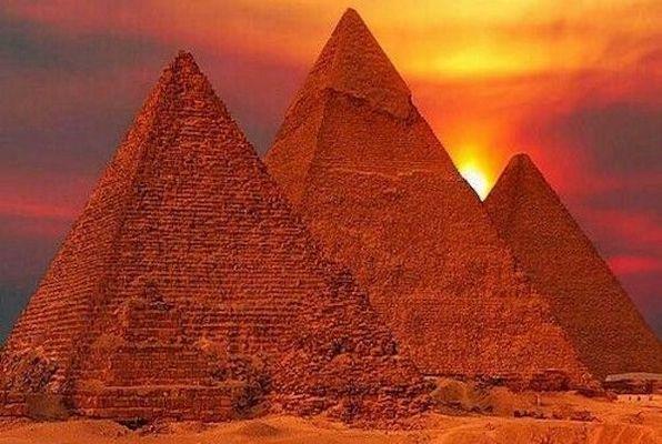 El Faraón y el Cetro de Uas