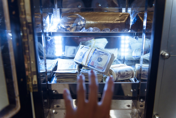 The Bank (Fox in a Box Chicago) Escape Room