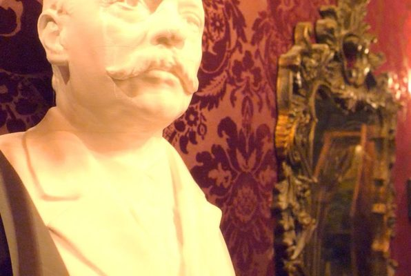 The Poe Adventure (The Secret Chambers) Escape Room
