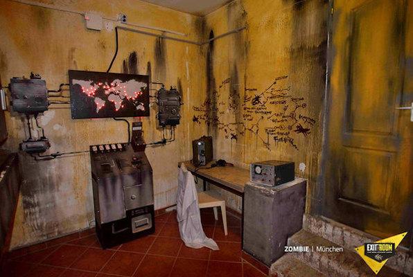 Zombie Apocalypse Online (Exit the Room) Escape Room
