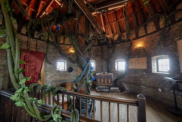 The Dragon's Song (Escape Casa Loma) Escape Room