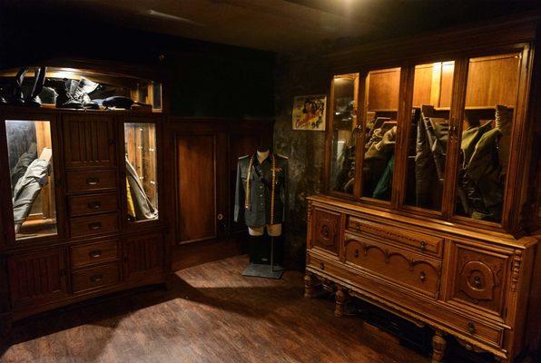 Station M (Escape Casa Loma) Escape Room