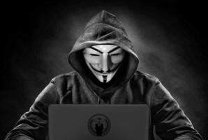 Квест The Hacker Room
