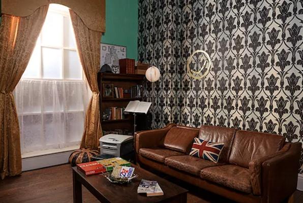 Sherlock's Last Case (Escape Time) Escape Room