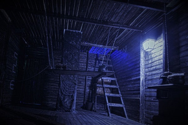 Haunted Pirate Ship (Find the Key) Escape Room