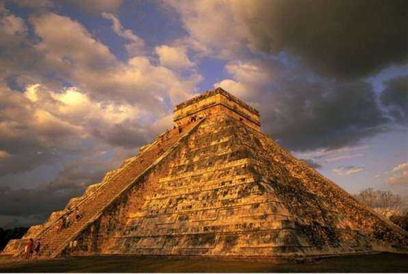 Mayan Maze (BOLTHAUS) Escape Room