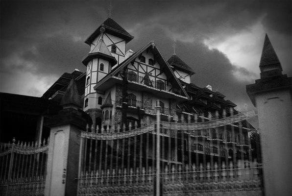 Escape from the Grande Strand Hotel