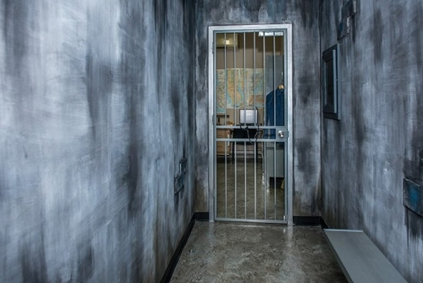 Escape Room Quot Jailbreak Quot By Riddle Me Out In New York