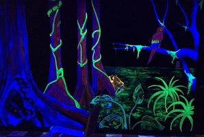 Квест Glow in the Jungle