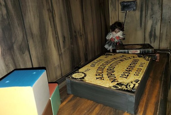 The Attic (Escape Zone) Escape Room