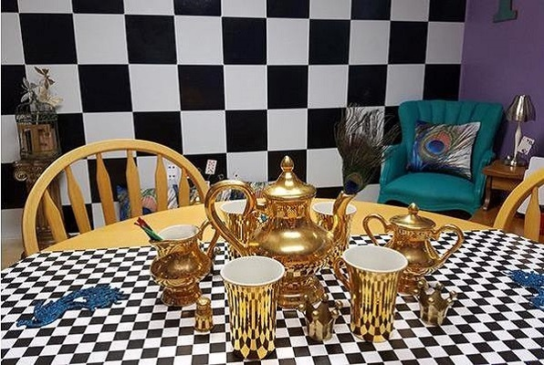 Mad Hatter's Tea Party (Escape Rooms Mesa) Escape Room