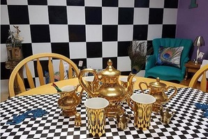 Квест Mad Hatter's Tea Party