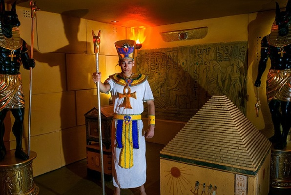 Pharaoh's Tomb (Maze Rooms) Escape Room