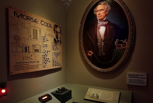 The Great Museum Heist Caper Job