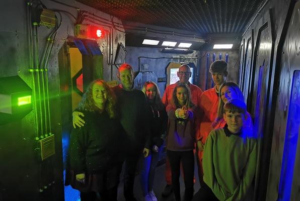 Alien (iLocked) Escape Room