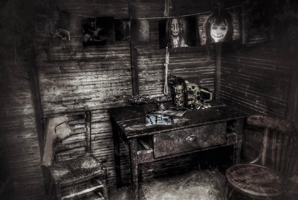 Xperiment (Insomnia Corporation) Escape Room