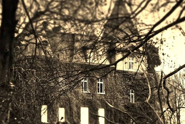 MacGregor Manor