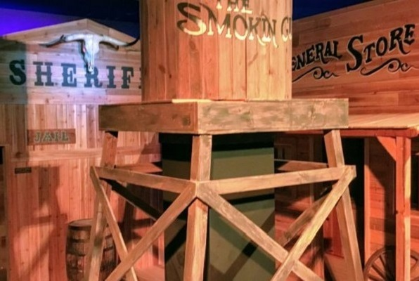 The Smokin' Gun (Headzup) Escape Room