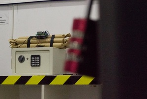 Квест Neutraliza La Bomba