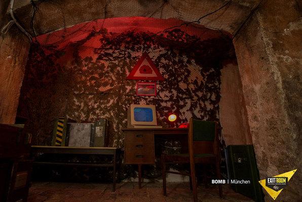 Bomb (Exit the Room Debrecen) Escape Room