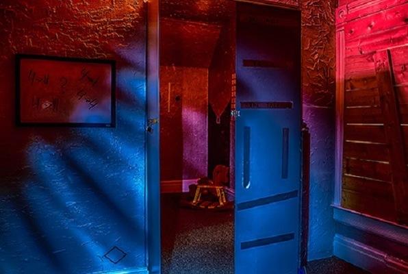 The Dark Room (Escape Room 5280) Escape Room