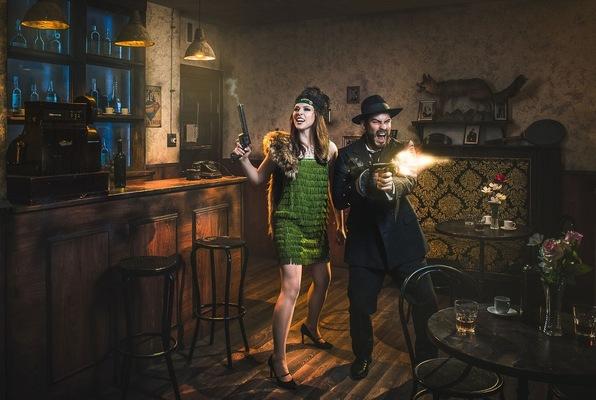 Gangsters: Dinero, armas y alcohol (Maximum Escape) Escape Room